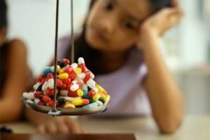 Лечить педикулез народными средствами