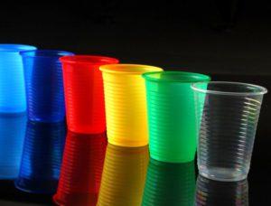 пластиковые стаканчики для ловушки